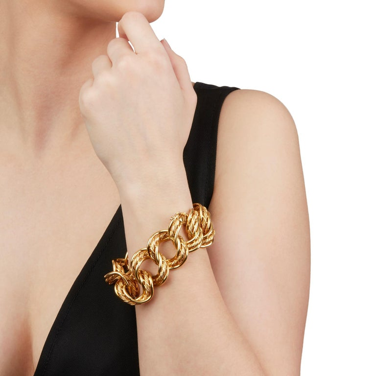 Kutchinsky 18 Karat Yellow Gold 1960's Heavy Link Vintage Bracelet 4