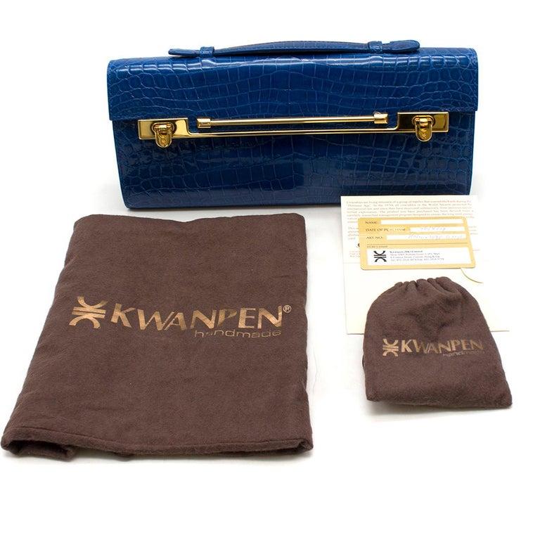 Kwanpen Tanzanite Raffles 1819 Clutch - Current Season For Sale 5