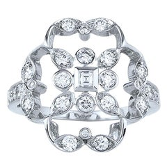 Kwiat Diamond Ring from the Crochet Collection in 18 Karat White Gold