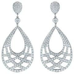 Kwiat Jacquard Diamond Earrings in 18 Karat White Gold