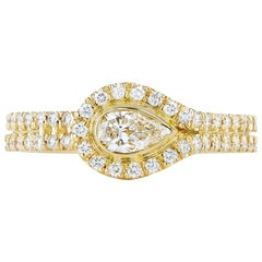 Kwiat Silhouette Diamond Ring in 18 Karat Yellow Gold