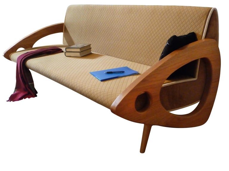"""The Kyoto rationale Designed by Raju Peddada, the basis of Kyoto's design philosophy is the Japanese """"TATAMI"""" mat concept, with its legendary ergonomic benefits of a firm organic surface. The sofa is crafted with a wide surface to work, relax and"""