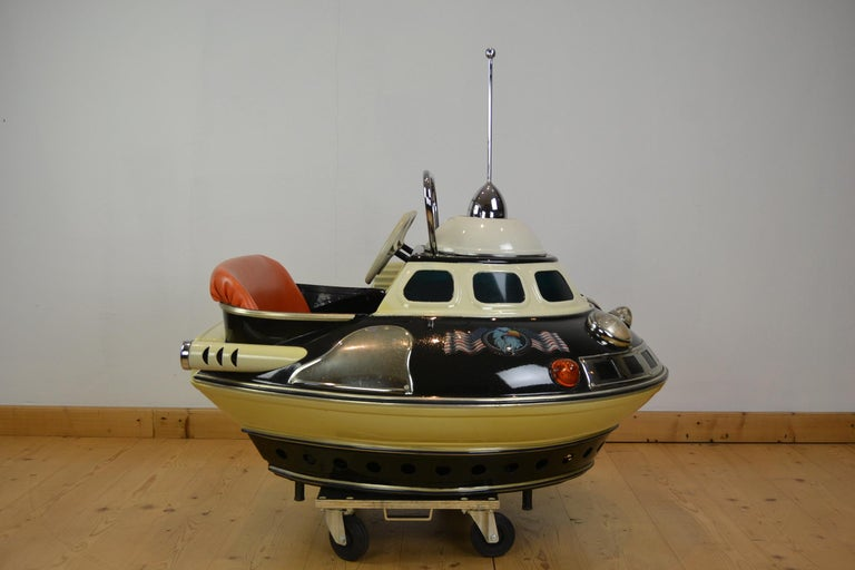 L' Autopède Ufo Carnival Ride Seat, Space Age, Belgium, Late 1950s 11