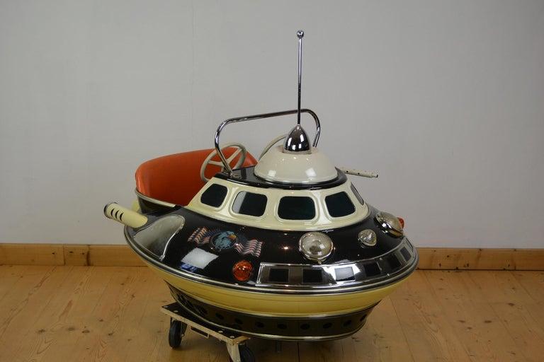 L' Autopède Ufo Carnival Ride Seat, Space Age, Belgium, Late 1950s 12