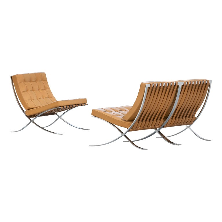 L. Mies van der Rohe, 3 Barcelona Chair, 1962 Edition by Knoll International For Sale