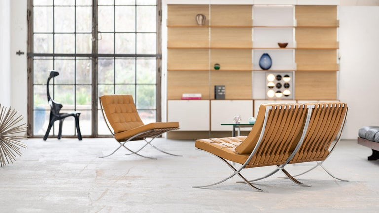 L. Mies van der Rohe, 3 Barcelona Chair, 1962 Edition by Knoll International For Sale 4