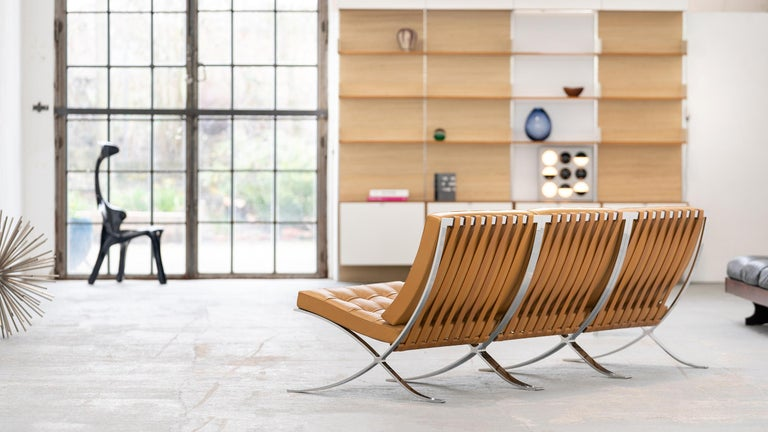 L. Mies van der Rohe, 3 Barcelona Chair, 1962 Edition by Knoll International For Sale 5