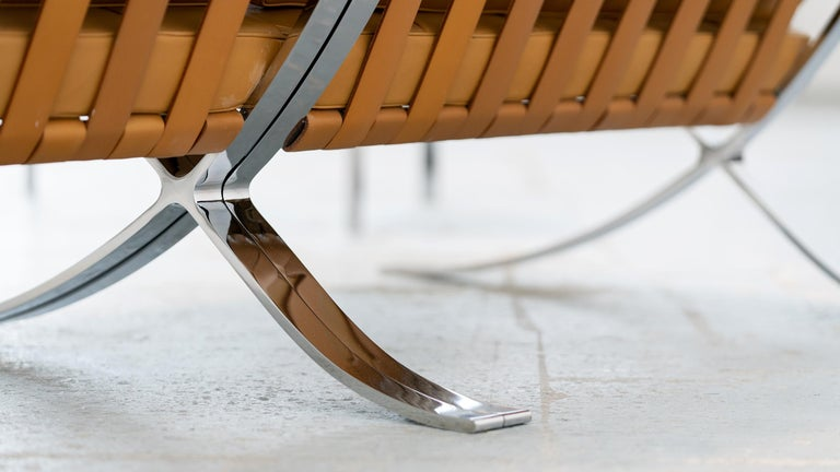 L. Mies van der Rohe, 3 Barcelona Chair, 1962 Edition by Knoll International For Sale 8