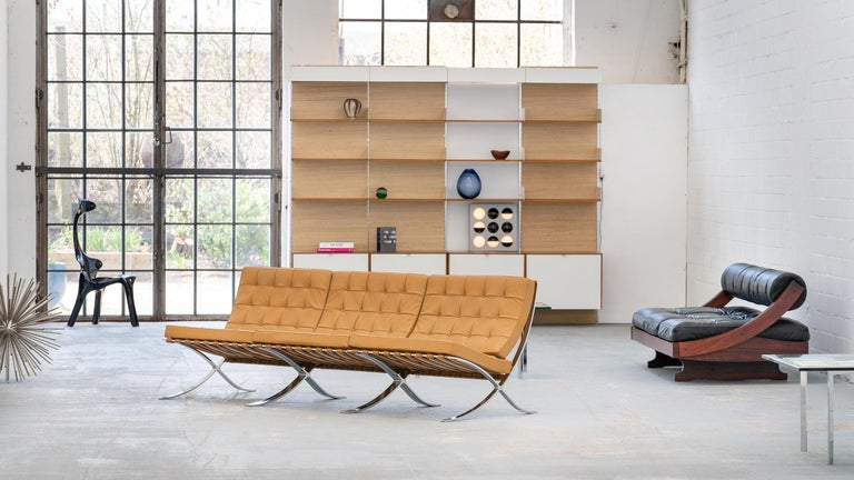 L. Mies van der Rohe, 3 Barcelona Chair, 1962 Edition by Knoll International For Sale 11