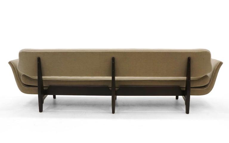 La Gondola Sofa by Edward Wormley for Dunbar, Expertly Restored, Gray Mohair 6