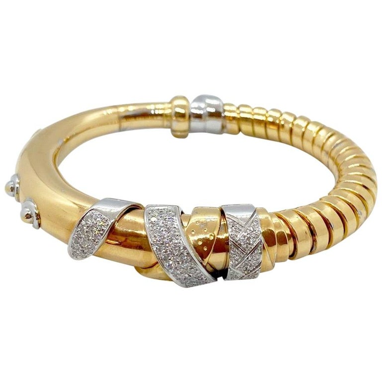 La Nouvelle Bague 18 Karat Gold and Diamond .82 Carat Tubogas Bangle Bracelet For Sale