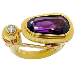 La Nouvelle Bague 18 Karat Yellow and Rose Gold Ring with Amethyst and Diamond