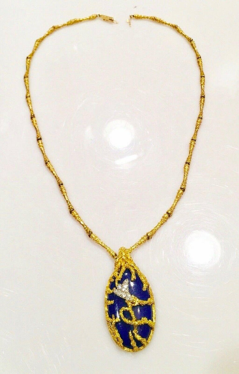 Stunning La Triomphe 18k Gold VS Diamond Lapis Lazuli Pendant Brutalist Modern Necklace  Gorgeous iconic designer necklace by the French jewelry house, La Triomphe, (circa 1970) this necklace is a stunning piece of artwork! The frame of the necklace