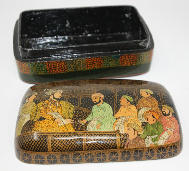20th Century Lacquer Box Hand Painted with Mughals Maharajahs, Kashmir, India For Sale