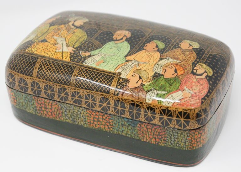 Hand-Crafted Lacquer Box Hand Painted with Mughals Maharajahs, Kashmir, India For Sale