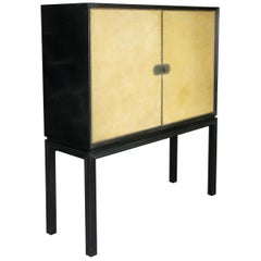 Lacquered 1940s Leather Bar Cabinet by Tommi Parzinger