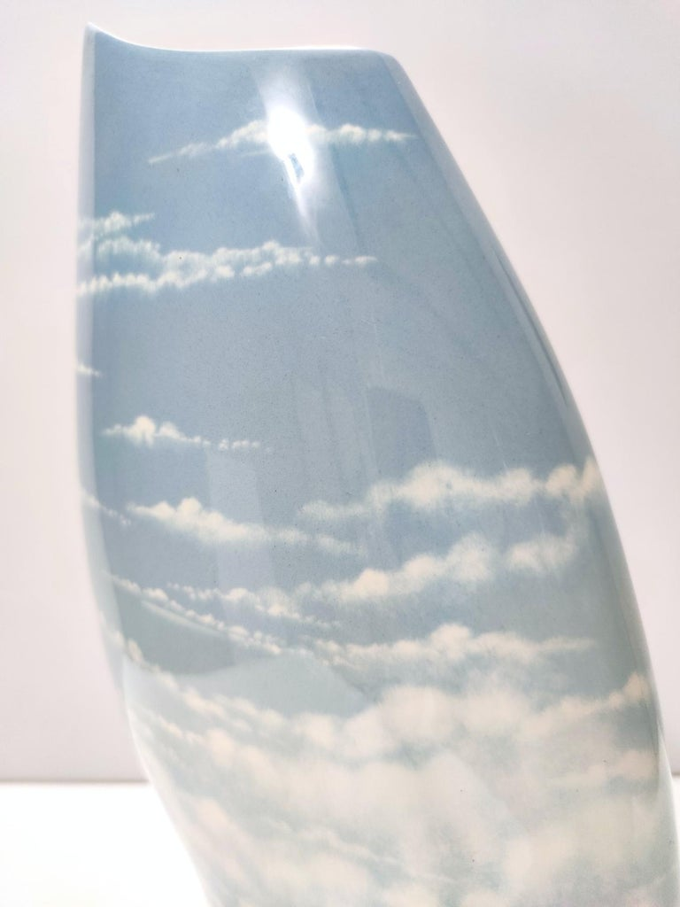 Lacquered and Airbrushed Ceramic Centrepiece Model Nr 182/2 by Vibi, Italy For Sale 1