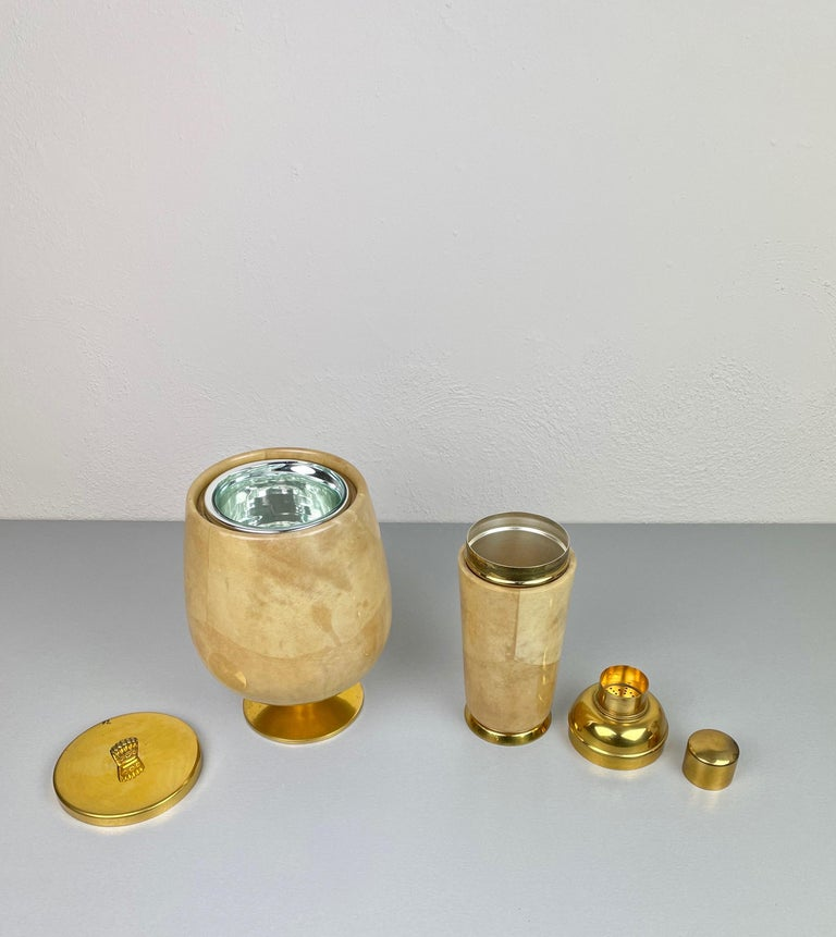 Mid-20th Century Lacquered Goatskin and Brass Ice Bucket and Shaker by Aldo Tura, Italy, 1950s For Sale