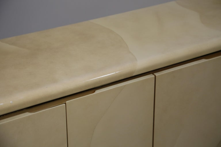 Lacquered Goatskin with Brass Detail Sideboard Style of Karl Springer, 1970s For Sale 13