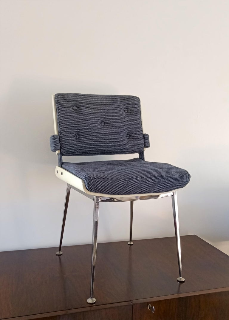 French Lacquered Plywood and Chrome Chair by Alain Richard, France, 1960s For Sale