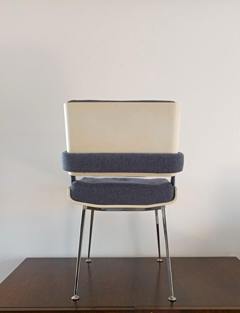 Wool Lacquered Plywood and Chrome Chair by Alain Richard, France, 1960s For Sale