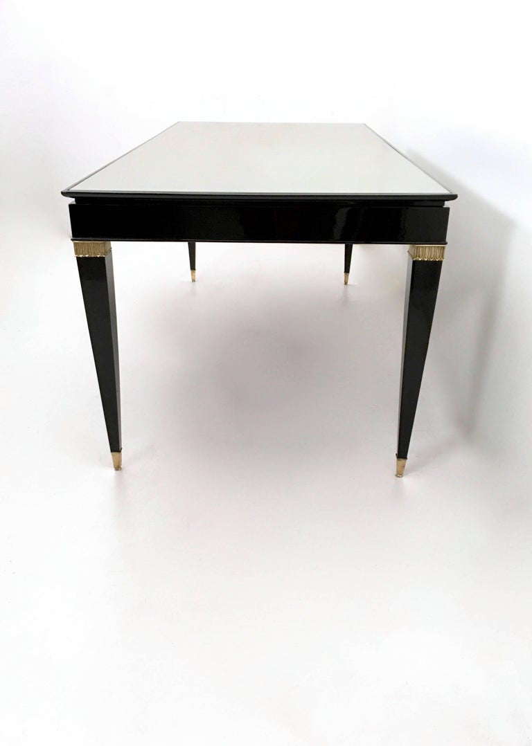 Vintage Lacquered Wood Dining Table by Paolo Buffa with Taupe Glass Top, Italy In Excellent Condition For Sale In Bresso, Lombardy
