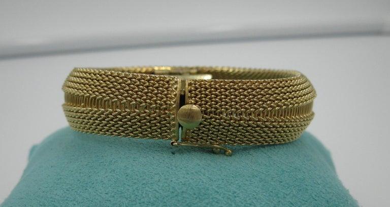 Ladies Diamond Yellow Gold Wristwatch Bracelet Mid-Century Modern Madmen, 1960s For Sale 2