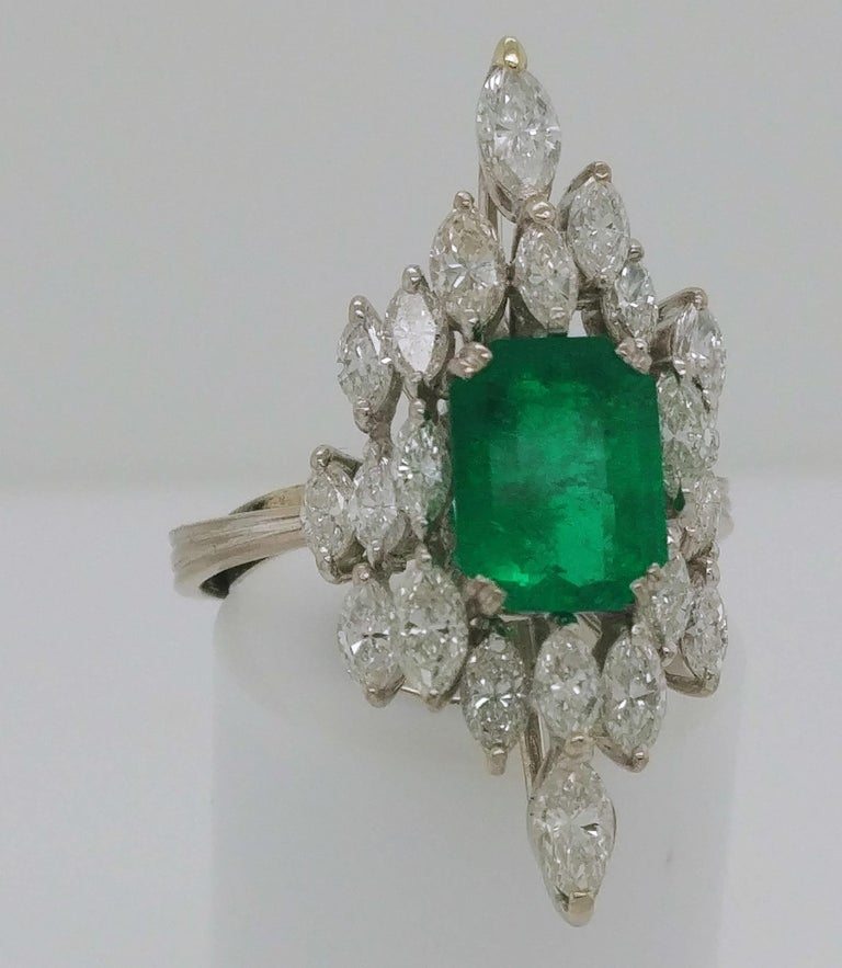 Emerald Cut Ladies Emerald and Diamond Cocktail Fashion Statement Ring 18 Karat White Gold For Sale