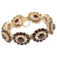 Ladies Garnet Bracelet, 14 Karat Gold