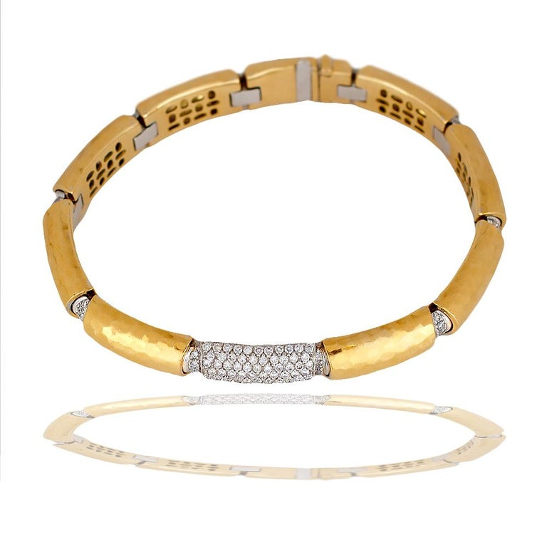 Modern Diamond 3.00 Ct, 18 karat 2 Ounce, Custom VS Bracelet For Sale