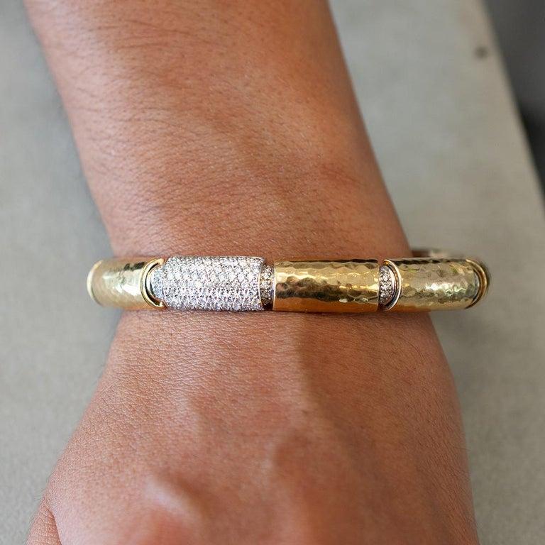 Round Cut Diamond 3.00 Ct, 18 karat 2 Ounce, Custom VS Bracelet For Sale