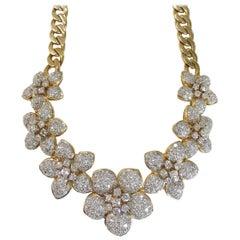 Ladies Large Diamond Pavé Flower Necklace on Curb Chain 14.50 Carat VS1 F-G 18K