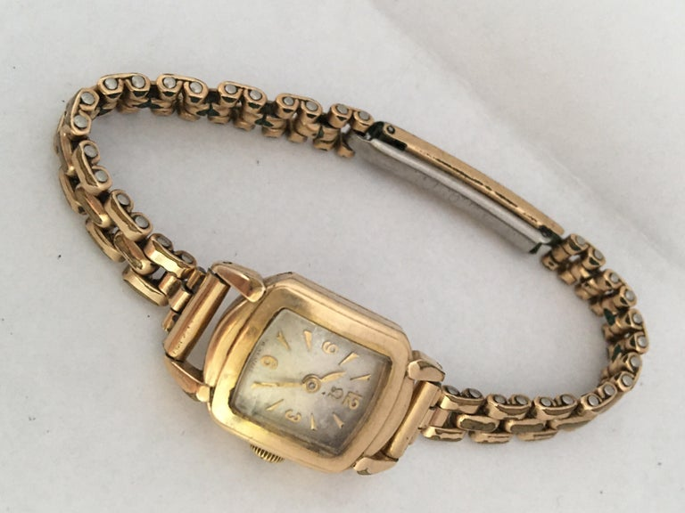 Ladies Omega Vintage Gold-Plated Mechanical Watch For Sale 11