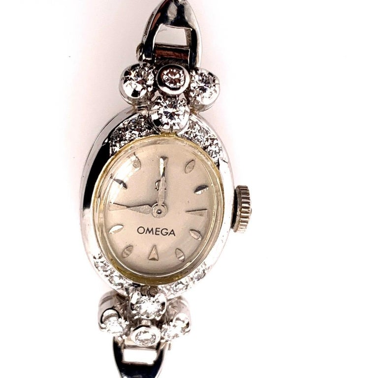 Ladies White Gold Omega 1.25 Carat Natural Diamond Manual Cocktail Vintage Watch In Good Condition For Sale In Los Angeles, CA