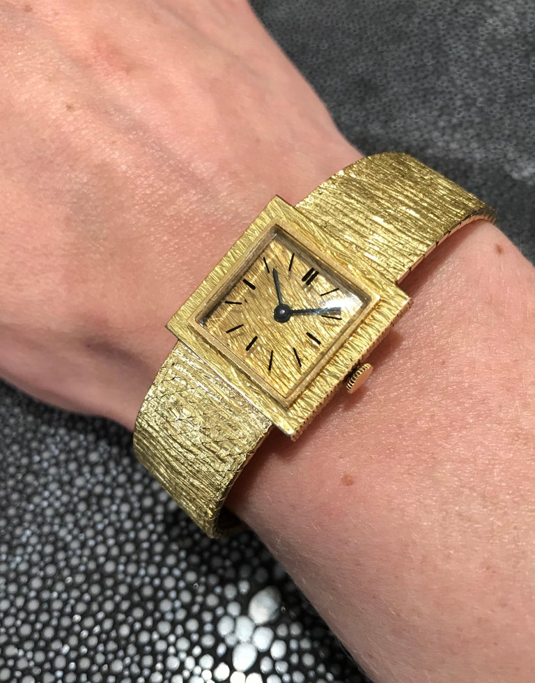 Ladies Wristwatch Yellow Gold 18 Carat, Mechanical Movement For Sale 7