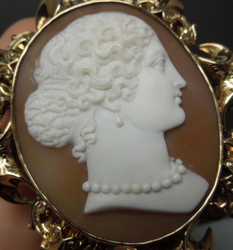 Lady Profile Massive Cameo Brooch For Sale 3