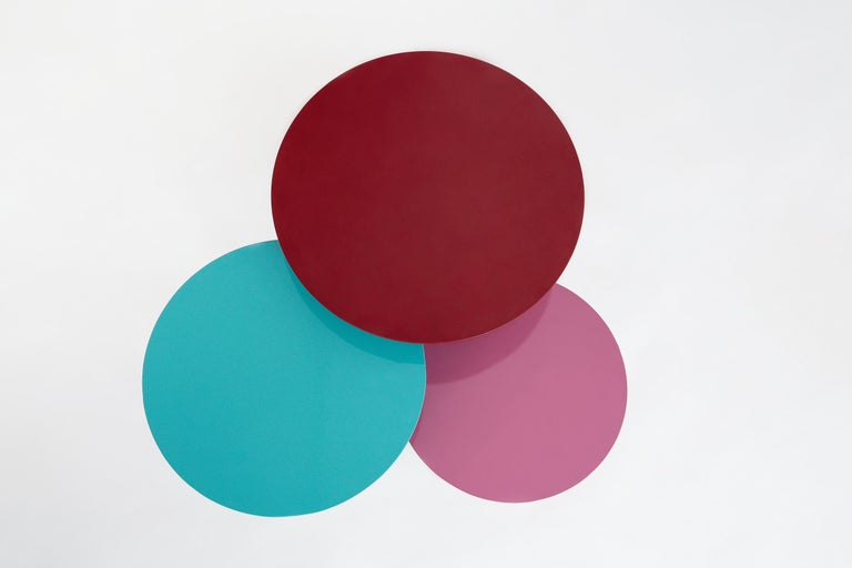 Powder-Coated Lagoas Accent Side Round Tables, 'Set of Three' For Sale