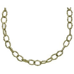 Lagos Caviar Gold Yellow Gold Oval Link Chain Necklace