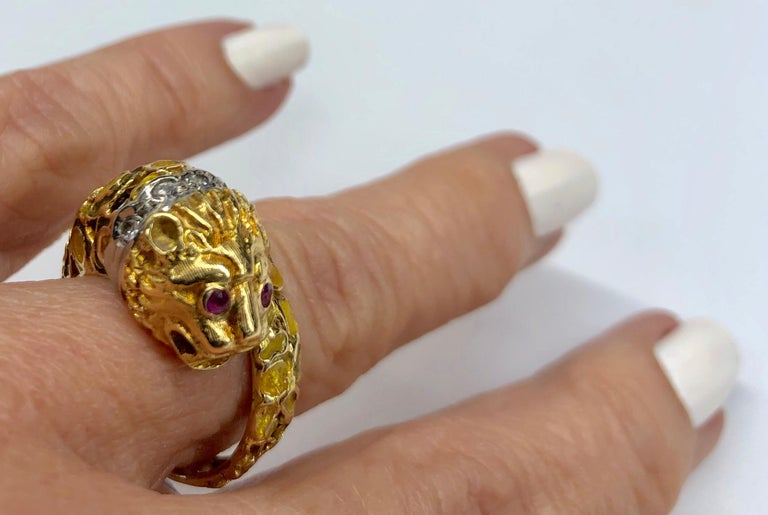 Lalaounis 18K Yellow Gold Enameled Lion Ring For Sale 3