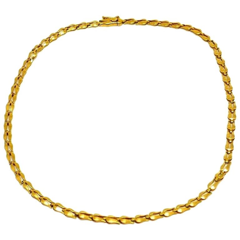 Lalaounis Yellow Gold Tulip Link Chain Necklace