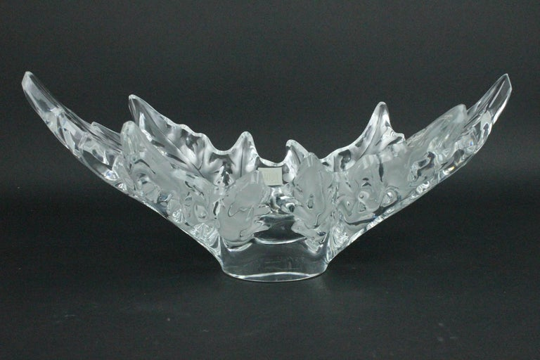 Lalique Champs-èlysèes Clear and Frosted Glass Center Bowl In Good Condition For Sale In Skanninge, SE