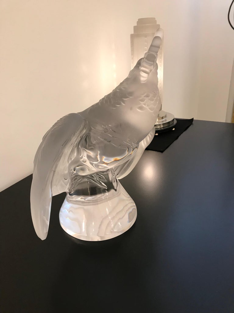 Lalique Crystal Sculpture Cockatoo Bird For Sale 1
