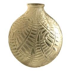 """Lalique """"Espalion"""" Soufflé-Moule Frosted Glass Vase, Naturalistic Fern Motif"""