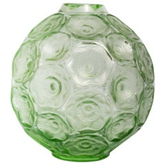 Lalique France Anémones Vase in Light Green Green Crystal as New in Box