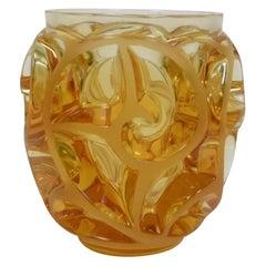 """Lalique France, Vase """"Tourbillon"""" Ambre"""