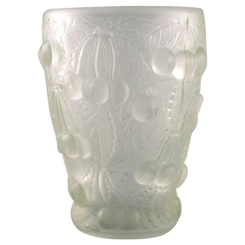 Lalique Style Art Glass Vase in Clear Glass with Cherries in Relief, 1930s-1940s