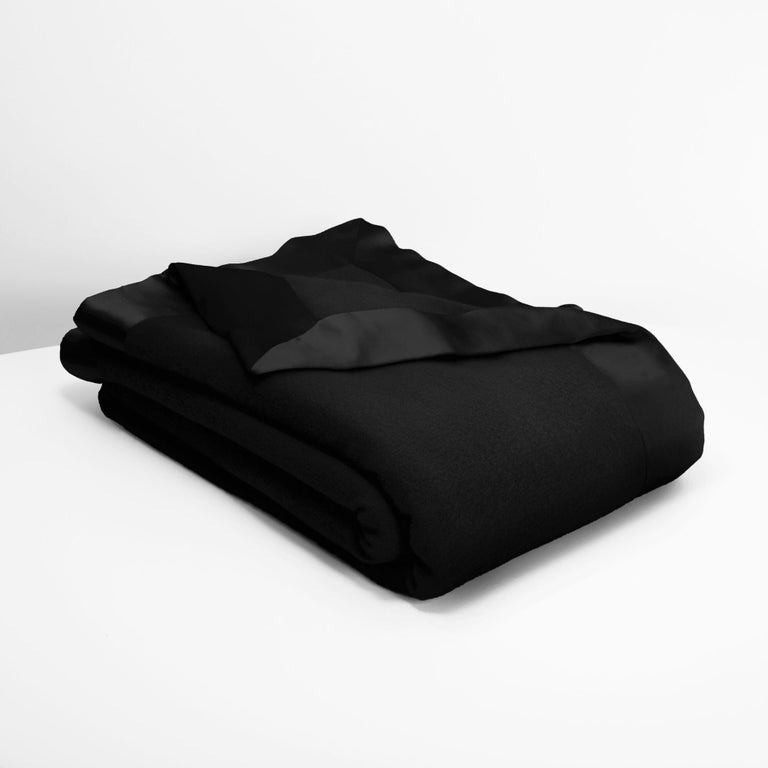 Hand-Crafted Lambswool and Cashmere Luxury