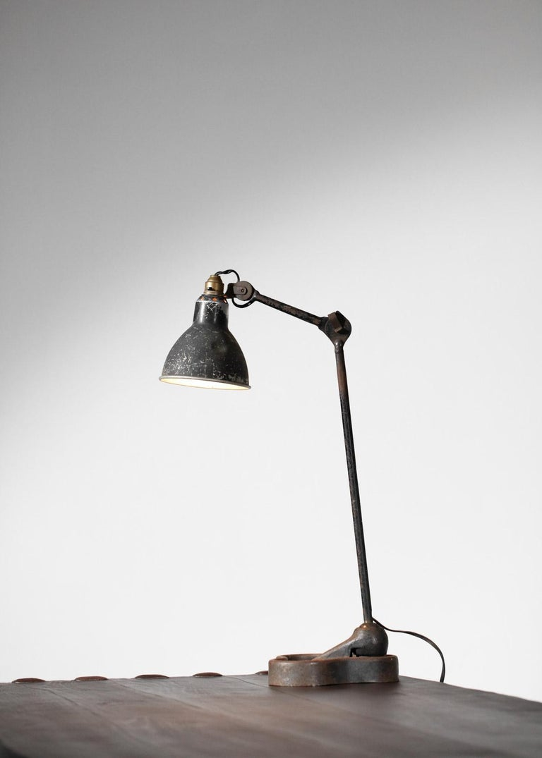 Lamp by Designer Bernard Albin Gras from the 1950s Le Corbusier French Design In Good Condition For Sale In Lyon, FR