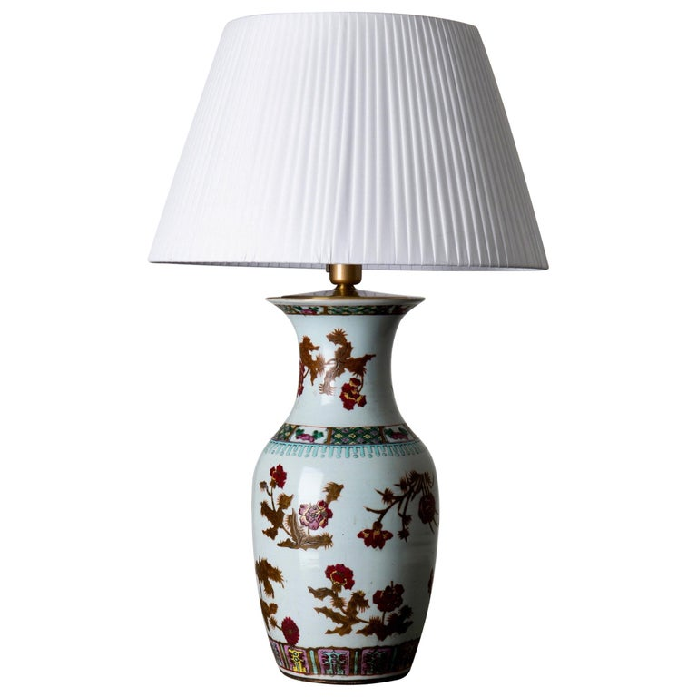 Lamp Table Oriental White Red Flowers 1920s, China For Sale