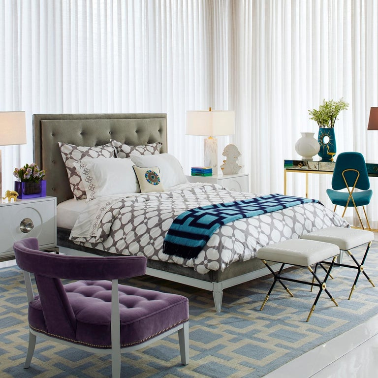 Lampert Upholstered Queen Bed In New Condition For Sale In New York, NY